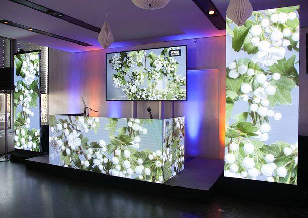 End Of Summer Networking weiße Blumen