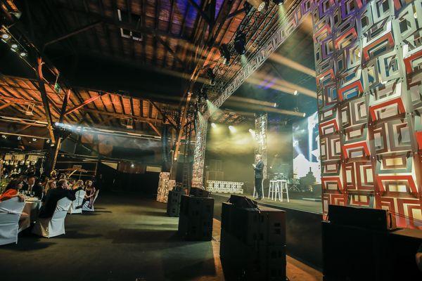 Bild ATOMIC Bühnengestaltung 4