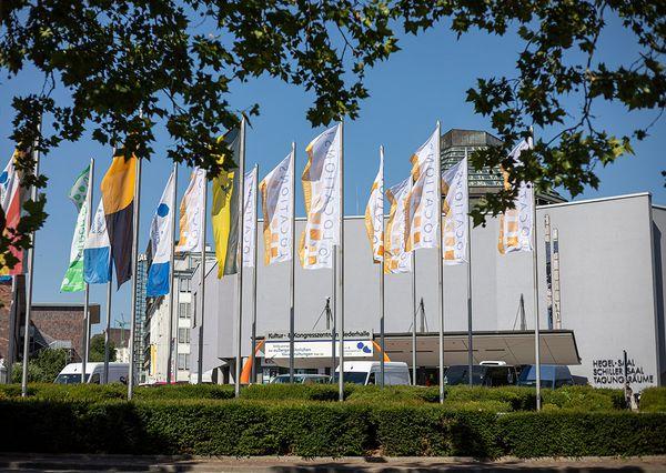 Locations Messen Flagen