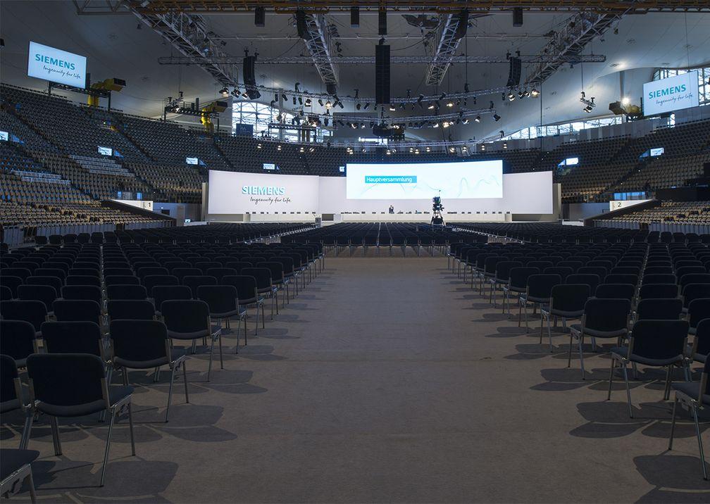 Siemens Hauptversammlung Bühne