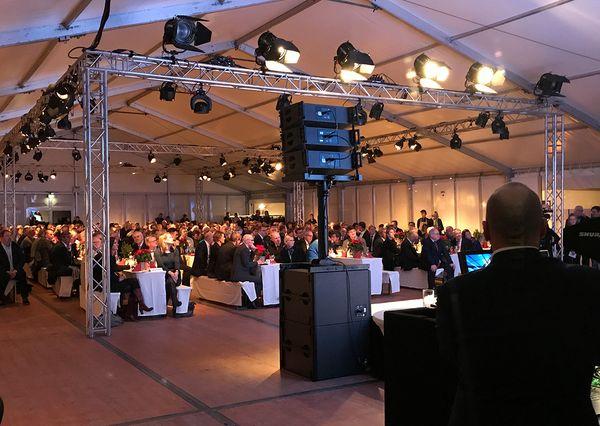 Eröffnungsfeier Hochbahn 400 Personen Festzelt