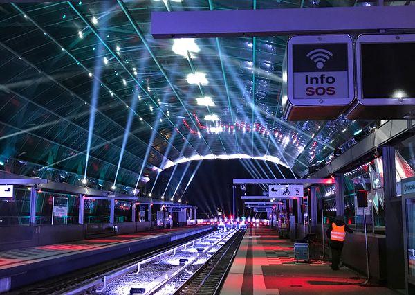 Hamburg Hochbahn Elbbrücken Audiovisuelle Inszenierung innerhalb