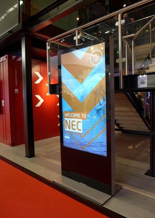 NEC Display Säule Prolight + Sound 2019