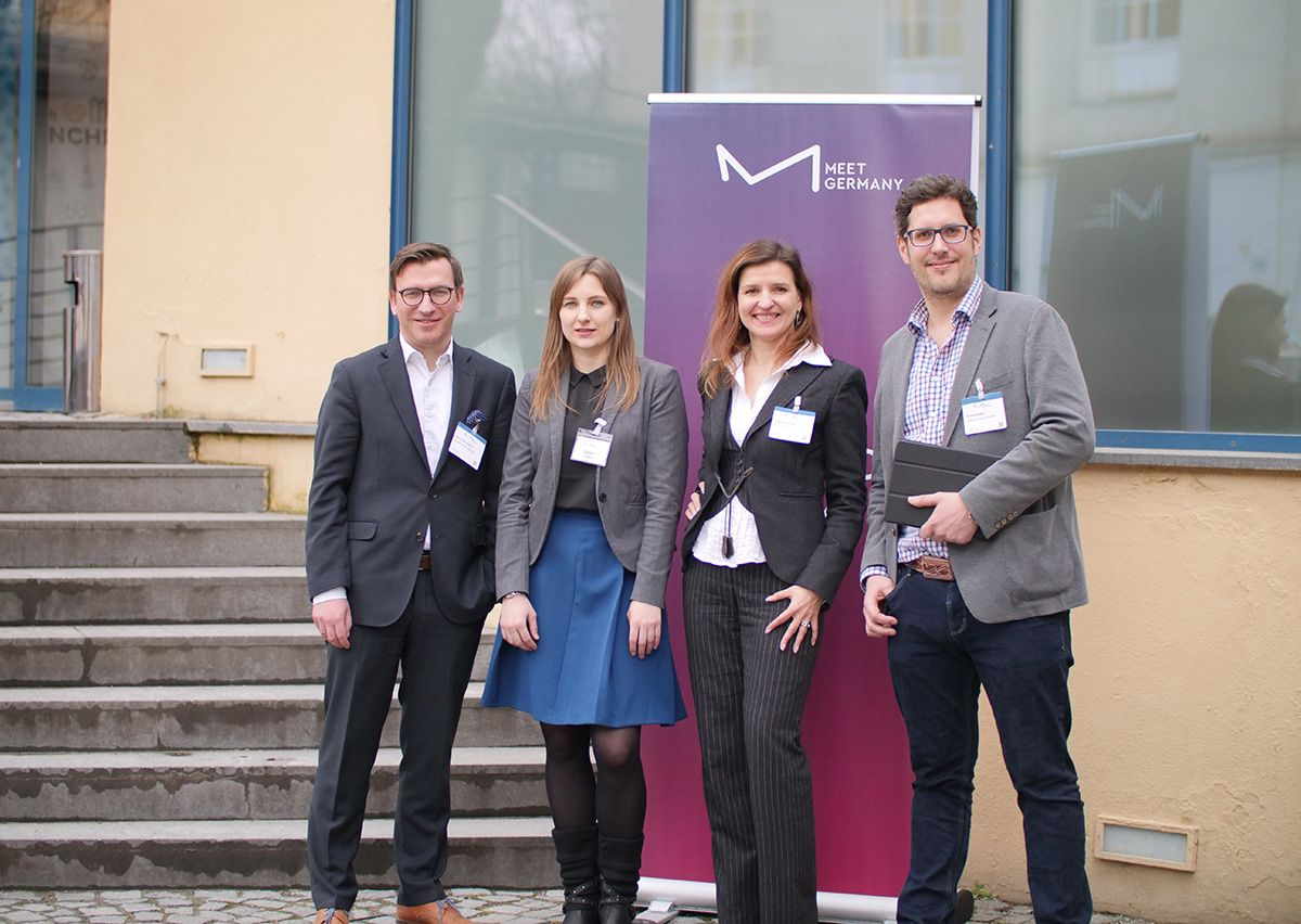 Marcel Beyersdorf and Dennis Dippel from GAHRENS + BATTERMANN with Simke Leifert and Tanja Schramm from MEET GERMANY.