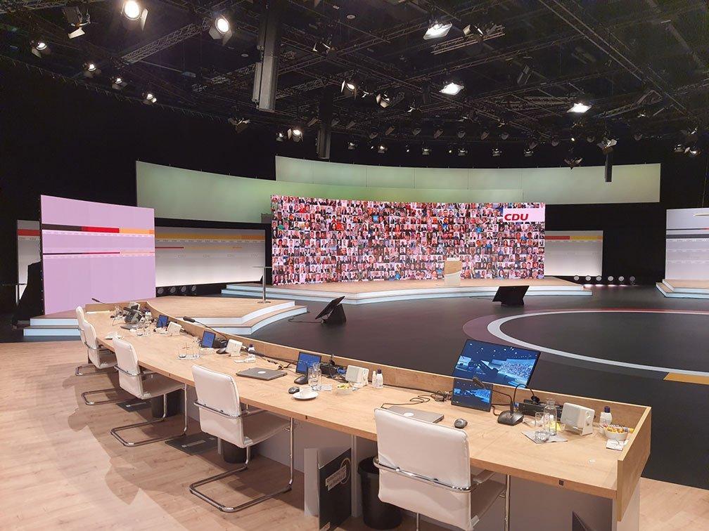 CDU Parteitag Bühne und Socialwall